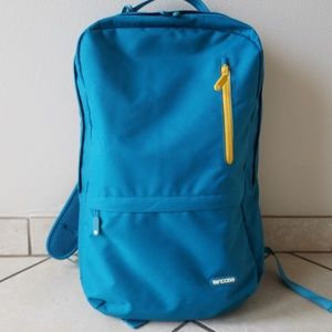 EUC!! Incase Backpack w Laptop Compartment
